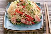 Салат с тунцом консервированным и лапшой соба