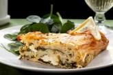 Греческий пирог со шпинатом и фетой — Спанакопита