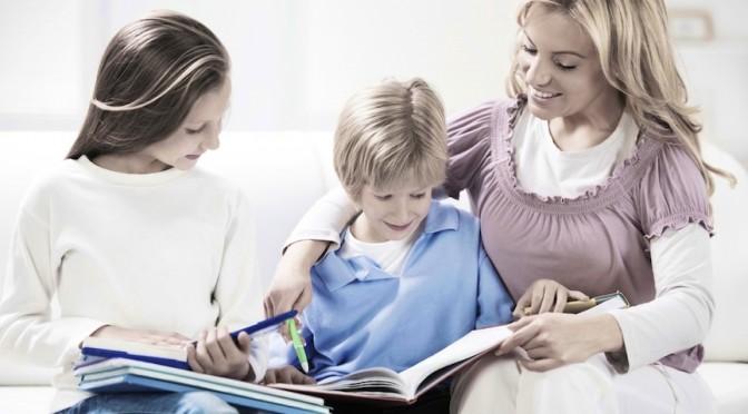Няня ребёнку: какой лучше отдать предпочтение?