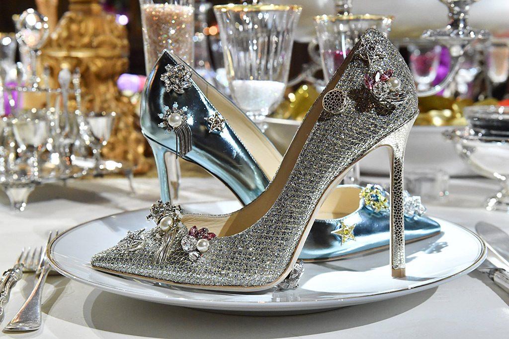 классические туфли от джимми чу