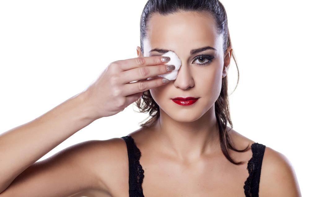 ТОП 5 лучших средств для снятия макияжа
