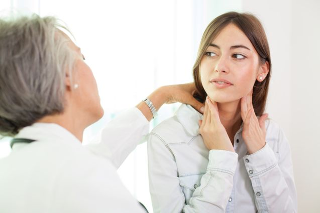 Как выявить узлы в щитовидной железе?