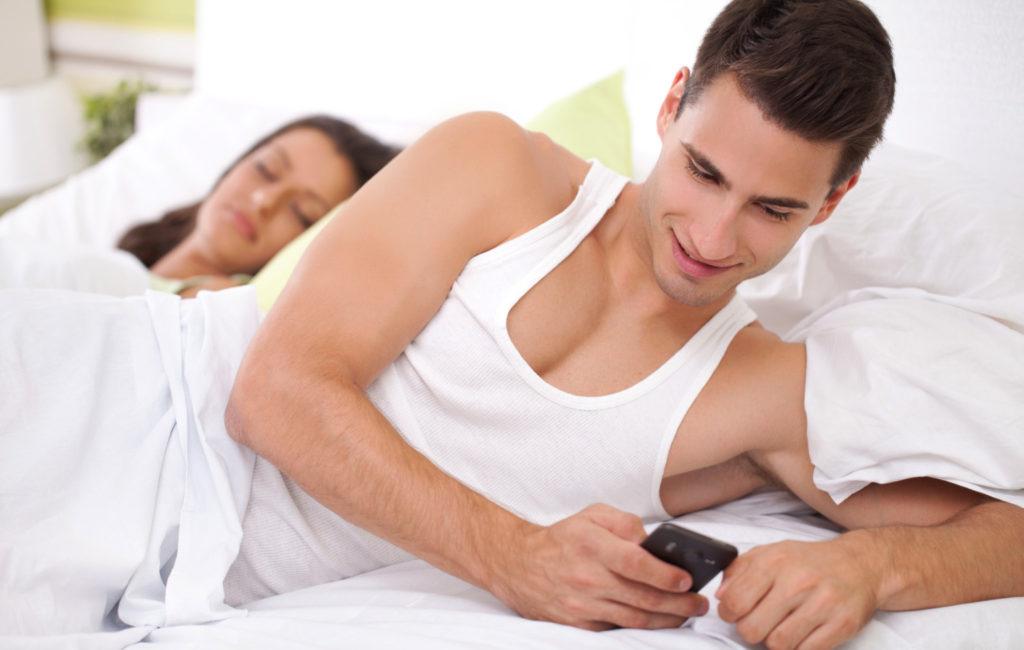 Как вести себя с женатым мужчиной: правила поведения