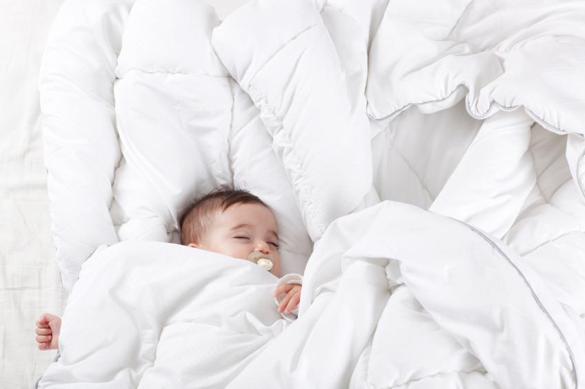 Какое постельное белье лучше для новорожденного?