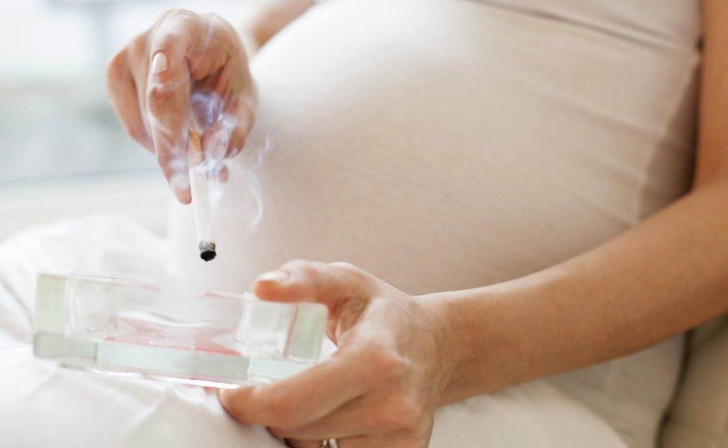 Курение во время беременности: каковы последствия?