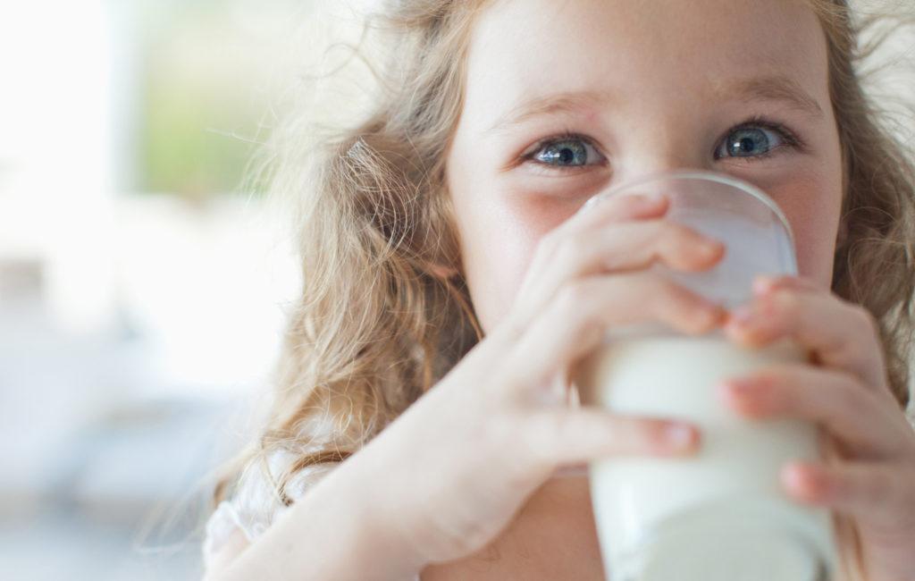 Насколько безопасно магазинное молоко?