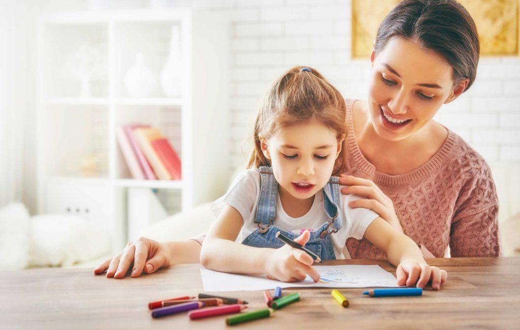 Как разговаривать с маленьким ребенком: 3 важных принципа